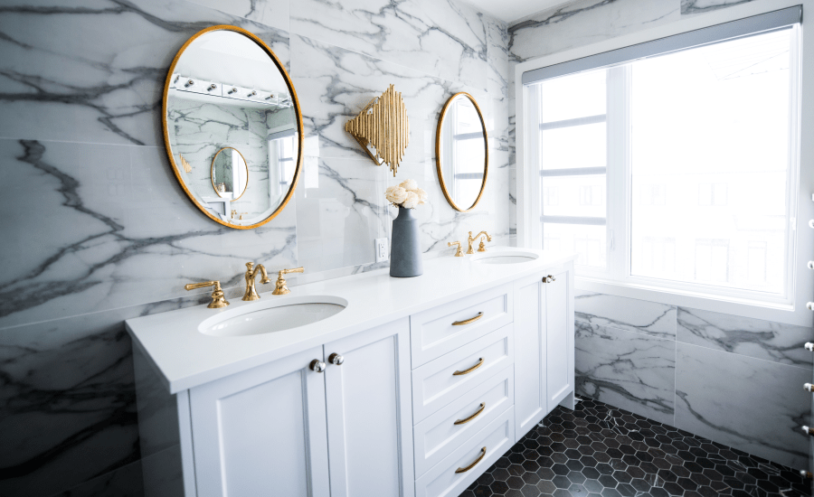 Bathroom-Trends-Report-from-Houzz-min.png