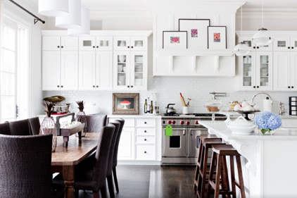 omeowners are sticking to the classics with finishes like white cabinets.