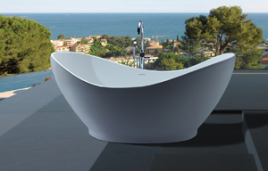 The Juliet tub was actually inspired by an antique bowl .