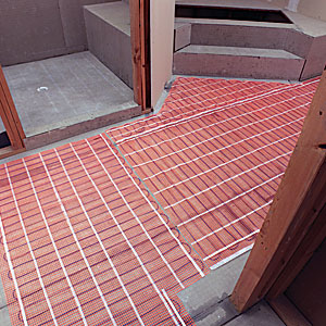 SunTouch floor-heating mat